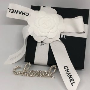 19K Chanel Crystal and Pearl Hair Barrette